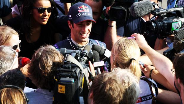 Red bull Daniel Ricciardo challenging Sebastian Vettel