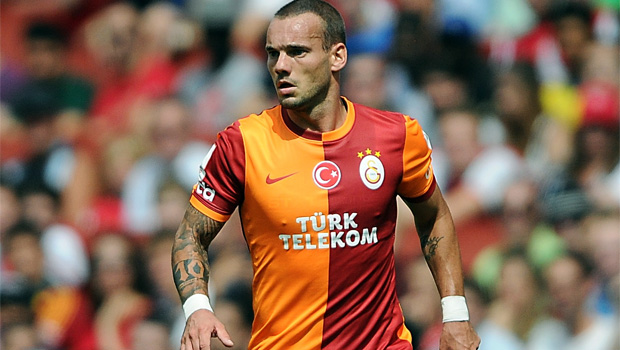 Wesley Sneijder urge to join chelsea