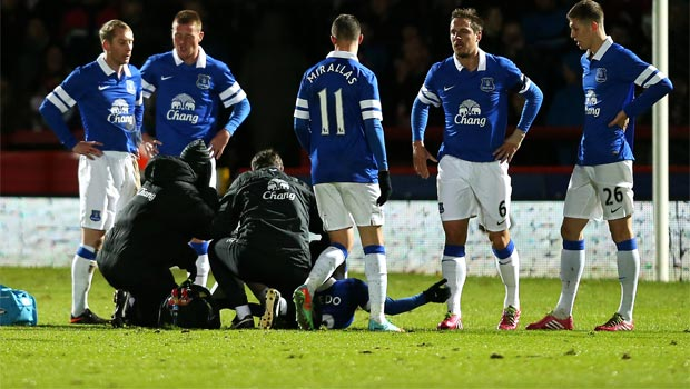 Bryan-Oviedo-everton-injury-FA-Cup