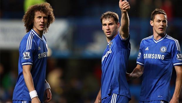 Chelsea-star-David-Luiz-and-teammates