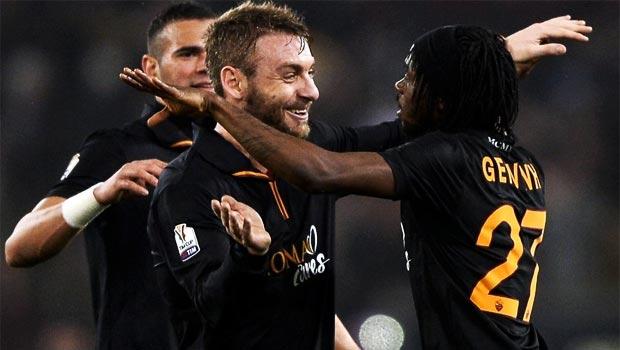 Gervinho-AS-Roma-Team
