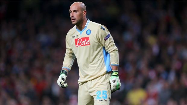 Napoli-goalkeeper-Pepe-Reina
