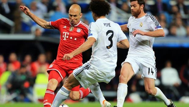 Bayern-Munich-Arjen-Robben-attacks-real-madrid-pepe-and-xabi