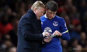 Everton-manager-Ronald-Koeman-and-Ross-Barkley