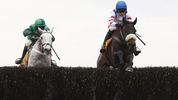 Clan Des Obeaux proves his class horse racing