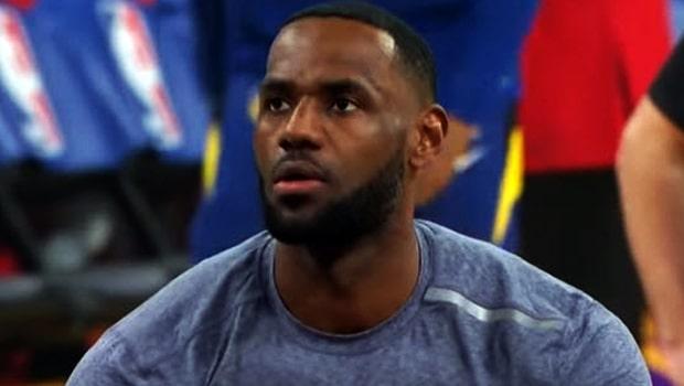 เลอบรอน เจมส์ ลืมแก่พา เลเกอร์ส นำฝูง NBA สายตะวันตก